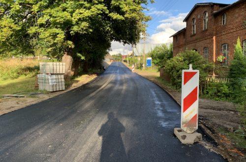 Remont drogi we wsi Pomieczyńska Huta